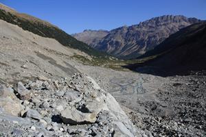 10. Il ritiro dei ghiacciai alpini negli ultimi decenni coinvolge aree di dimensioni notevoli
