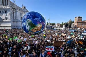 sciopero clima roma piazza venezia